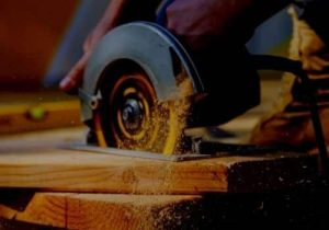 What-Power-Tools-Does-A-Carpenter-Need