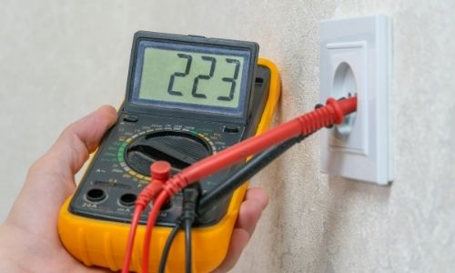 How To Use A Multimeter To Check Voltage